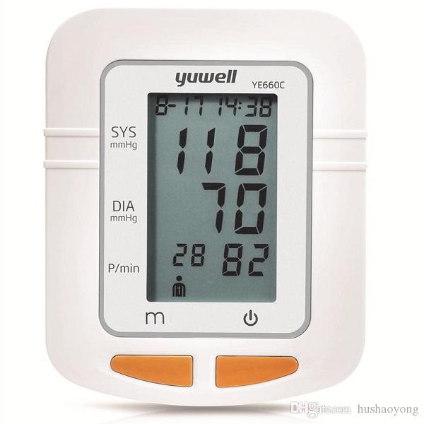 Máy đo huyết áp điện tử bắp tay Yuwell YE660C